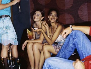 100 places to pick up Bars & Clubs
