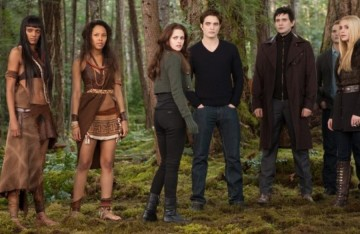 Twilight Saga&#039;s Breaking Dawn Part 2: Movie Review