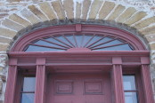 800px-Montgomery's_Inn_Door