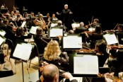 TSO Music Director Peter Oundjian conducts 1 - High res copy