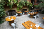 rodneysoysterhouse_patio5
