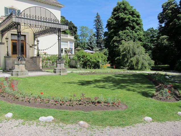 Spadina Museum Gardens