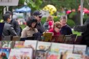 Book shopping _credit Kent Robinson