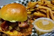 Hole E Burger