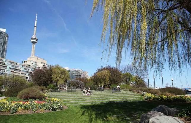 Toronto-Music-Garden4